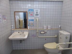 レストハウス多目的トイレ